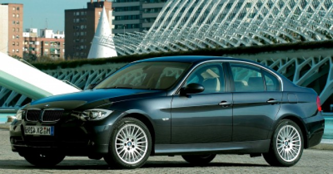 valor do seguro BMW 330i