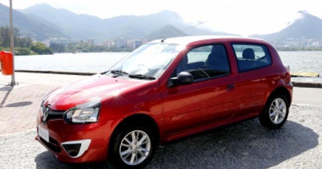 Cotação de seguro Clio Authentique 1.0 16V