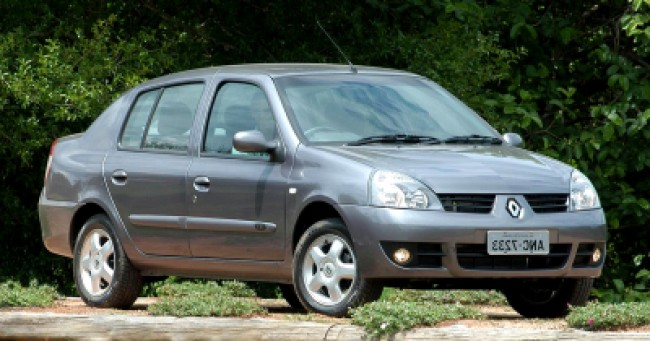 valor do seguro Renault Clio Sedan