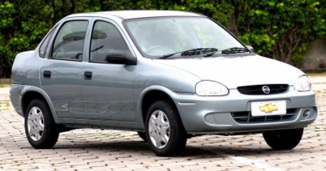Cotação de seguro Corsa Sedan Classic 1.6 AT